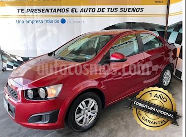 Foto venta Auto Seminuevo Chevrolet Sonic LT (2016) color Rojo precio $165,000