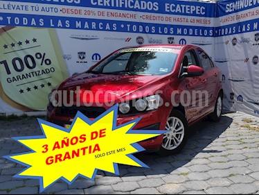 Foto Chevrolet Sonic LT usado (2016) color Rojo Tinto precio $169,000