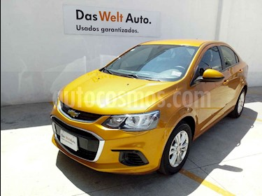 Foto venta Auto usado Chevrolet Sonic LT (2017) color Amarillo precio $184,000