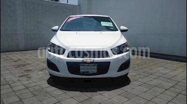 Foto venta Auto usado Chevrolet Sonic LT (2015) color Blanco precio $134,000