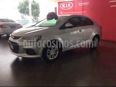 Foto venta Auto usado Chevrolet Sonic LT (2017) color Plata precio $179,000