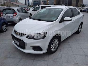 Foto venta Auto usado Chevrolet Sonic LT (2017) color Blanco precio $189,000
