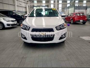 Foto venta Auto usado Chevrolet Sonic LTZ Aut (2014) color Blanco precio $139,000