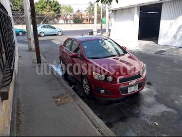 Chevrolet Sonic LTZ Aut usado (2015) color Rojo Tinto precio $150,000