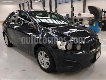Chevrolet Sonic 4P LT AT A/AC. VE BA RA-15 usado (2016) color Azul Marino precio $142,000