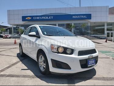 Chevrolet Sonic Paq E usado (2014) color Blanco Galaxia precio $130,000