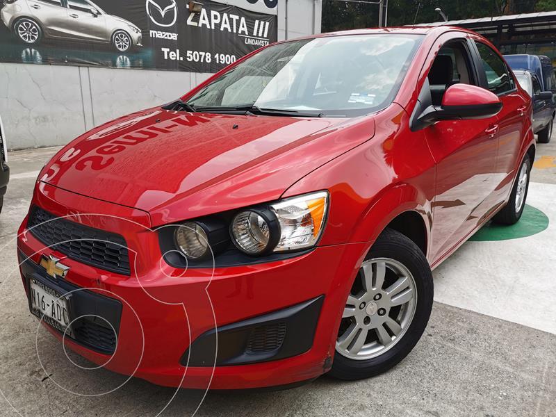 Foto Chevrolet Sonic LT usado (2015) color Rojo Tinto precio $140,000