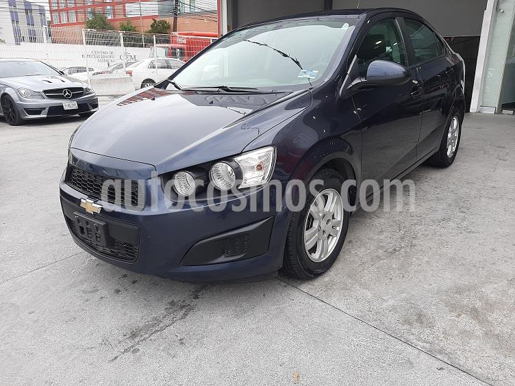 Chevrolet Sonic LT usado (2016) color Azul Naval precio $140,000