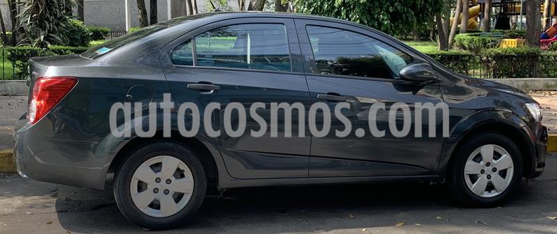 Chevrolet Sonic LS usado (2016) color Gris precio $120,000