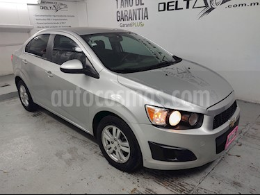 Chevrolet Sonic LT usado (2015) color Plata Brillante precio $135,000