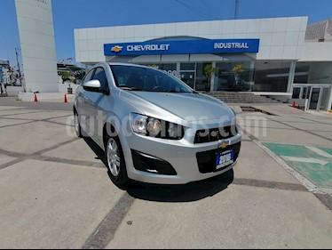 Chevrolet Sonic Paq E usado (2016) color Plata precio $158,000