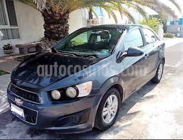 Chevrolet Sonic Paq D usado (2013) color Gris Urbano precio $118,000