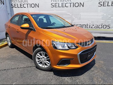 foto Chevrolet Sonic Paq E usado (2017) color Naranja precio $180,000