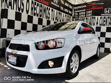 Chevrolet Sonic LT HB usado (2016) color Blanco precio $149,000