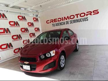Chevrolet Sonic LS usado (2015) color Vino Tinto precio $110,000