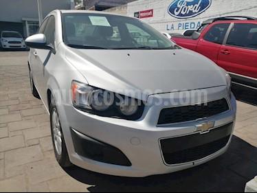 Chevrolet Sonic LT usado (2014) color Plata precio $130,000