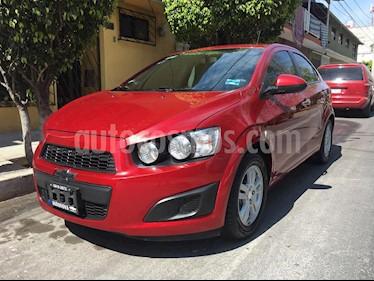 Chevrolet Sonic LT Aut usado (2016) color Rojo Tinto precio $143,000