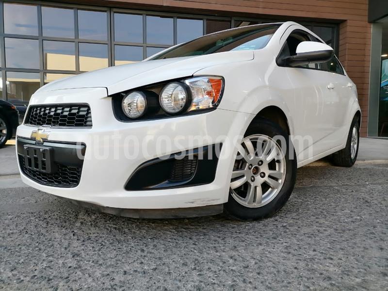 Foto Chevrolet Sonic LT usado (2015) color Blanco precio $125,000
