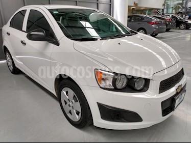 Chevrolet Sonic 4P LS TM5 A/AC. R-15 usado (2015) color Blanco precio $128,900