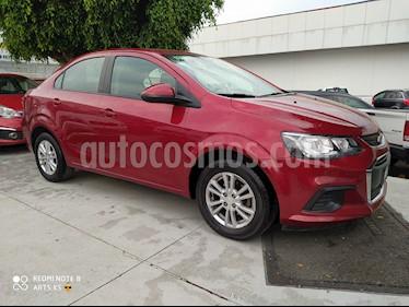 Chevrolet Sonic LT usado (2017) color Rojo Tinto precio $175,000