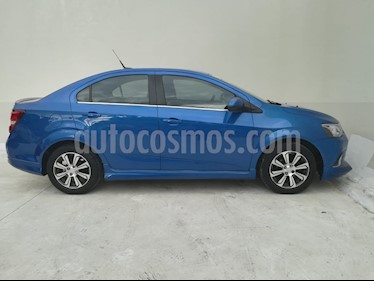 Chevrolet Sonic Paq F usado (2017) color Azul Electrico precio $215,000