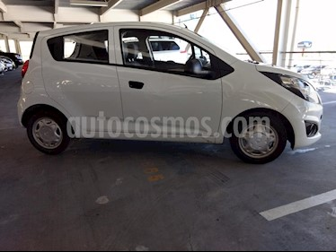Foto venta Auto usado Chevrolet Spark LT (2016) color Blanco precio $121,000