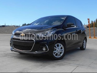 Foto venta Auto Seminuevo Chevrolet Spark LTZ (2017) color Negro precio $165,000