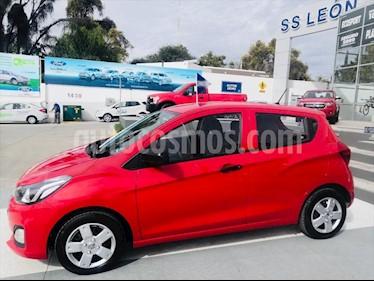 Chevrolet Spark LT CVT usado (2019) color Rojo precio $180,000