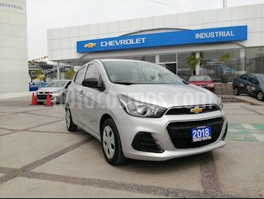 Chevrolet Spark Paq B usado (2018) color Plata precio $155,000