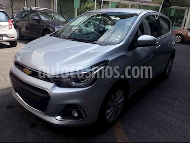 Chevrolet Spark 5p LTZ L4/1.4 Man usado (2018) color Plata precio $195,000