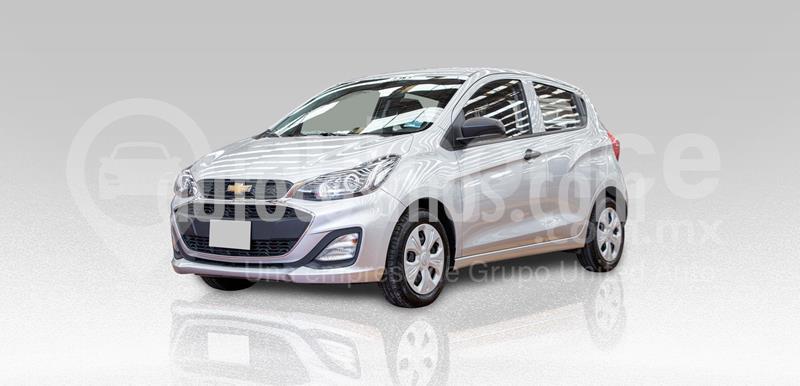 Chevrolet Spark LT usado (2019) color Plata Dorado precio $200,000