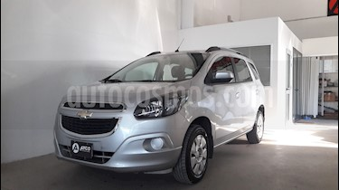 Chevrolet Spin LT 1.8 5 Pas usado (2015) color Plata Switchblade