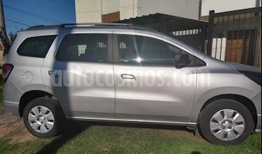 Foto venta Auto usado Chevrolet Spin LT 1.8 5 Pas (2017) color Plata precio $390.000