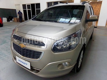 Foto venta Auto usado Chevrolet Spin LTZ 1.8 7 Pas  (2014) color Beige Desert precio $322.000