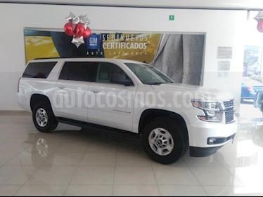 Foto venta Auto usado Chevrolet Suburban 5p HD V8/6.0 Aut 4WD (2016) color Blanco precio $900,000