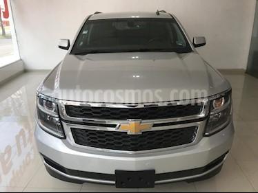Foto venta Auto usado Chevrolet Suburban LS Tela (2016) color Plata precio $469,000
