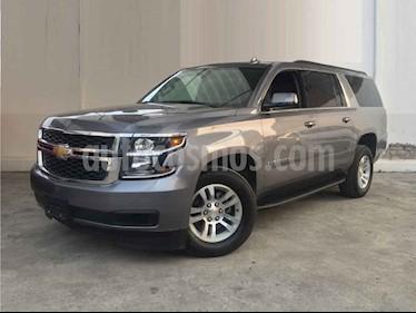 Foto venta Auto usado Chevrolet Suburban LS Tela (2018) color Gris precio $674,900
