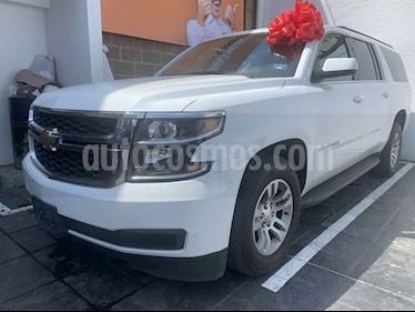 Foto Chevrolet Suburban LS Tela usado (2018) color Blanco precio $649,000