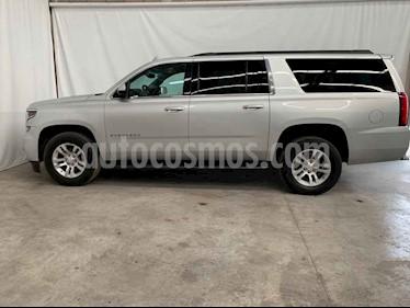 Foto Chevrolet Suburban LS Tela usado (2018) color Plata precio $649,800