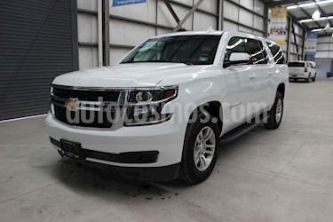 foto Chevrolet Suburban LS Tela usado (2018) color Blanco precio $674,900