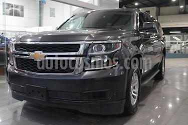 Foto Chevrolet Suburban LS Tela usado (2016) color Negro precio $529,000