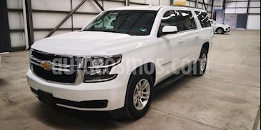 Foto venta Auto usado Chevrolet Suburban LS Tela (2018) color Blanco precio $699,900