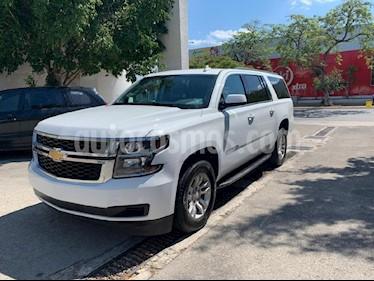Foto venta Auto usado Chevrolet Suburban LS Tela (2018) color Blanco precio $754,000