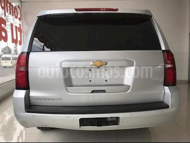 Foto venta Auto usado Chevrolet Suburban LS Tela (2016) color Gris precio $469,900