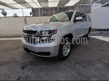 Foto Chevrolet Suburban LT Piel Banca usado (2019) color Plata precio $849,800