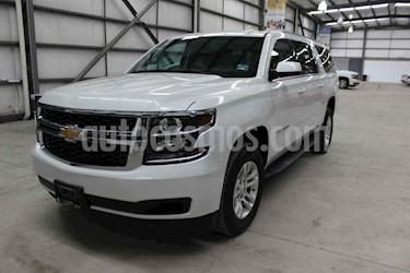 Foto venta Auto usado Chevrolet Suburban LT Piel Banca (2019) color Blanco precio $889,899