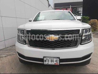 Foto venta Auto usado Chevrolet Suburban LT Piel Banca (2017) color Blanco precio $689,000