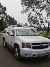 Foto venta Auto usado Chevrolet Suburban LT Piel Cubo (2010) color Blanco precio $225,000