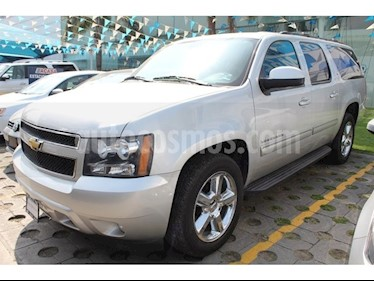 Foto venta Auto Seminuevo Chevrolet Suburban LT Piel (2011) color Plata precio $320,000
