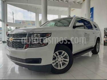 Foto venta Auto usado Chevrolet Suburban LT Piel (2019) color Blanco precio $899,000